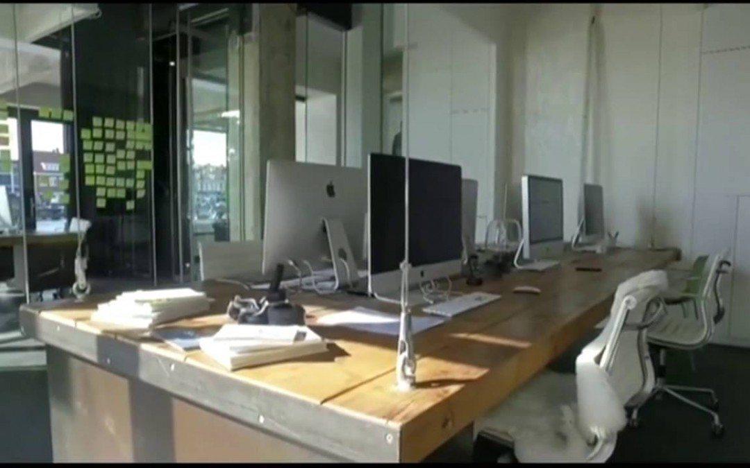 Умная офисная мебель