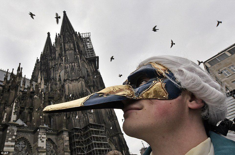 «Снимаем маски» или как выявить плохого руководителя