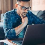 Чем объясняется обилие вакансий на сайтах и отсутствием работы в реальности?